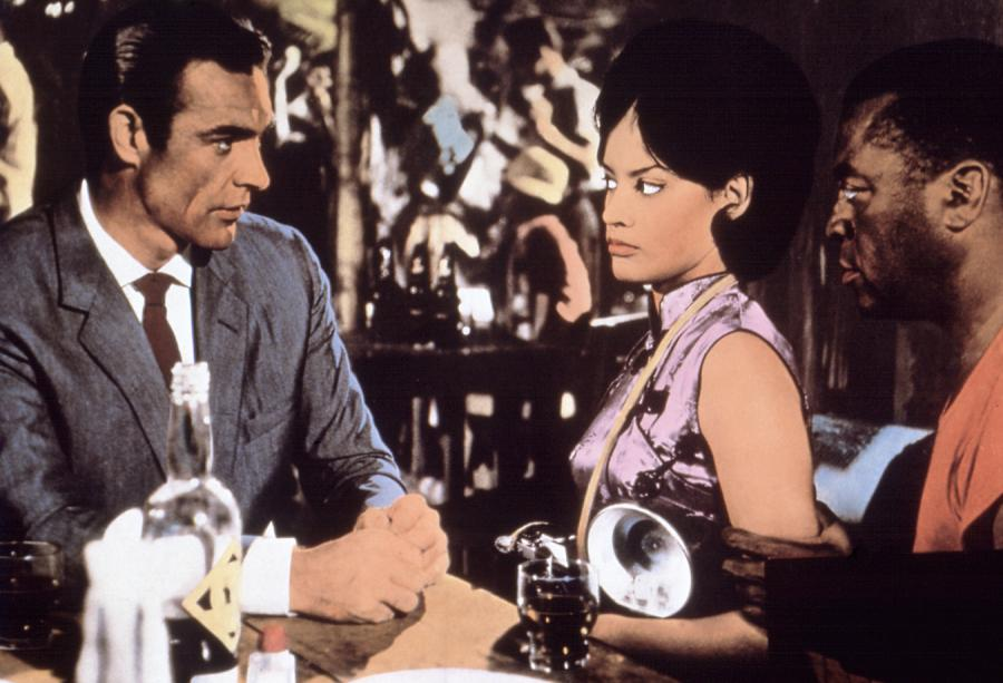 Sean Connery jako Bond, James Bond