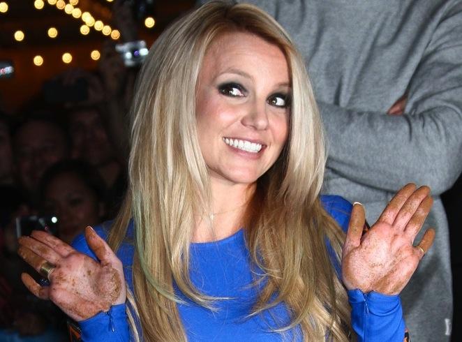 Britney Spears nagra pioenkę dla synów