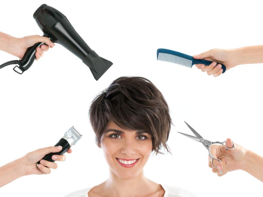 09c5590d Przynajmniej raz w życiu każda kobieta powinna mieć krótkie włosy - uważa  stylista gwiazd Michael Shaun Corby. Stylista pracujący na co dzień z  największymi ...