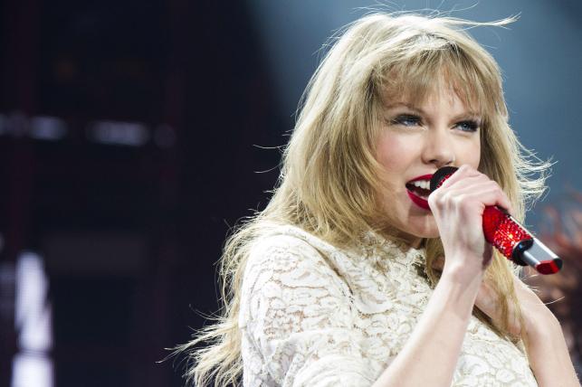 Taylor Swift zaśpiewa na stadionach sportowych