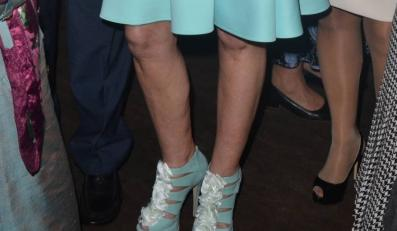 Nogi Laury Łącz