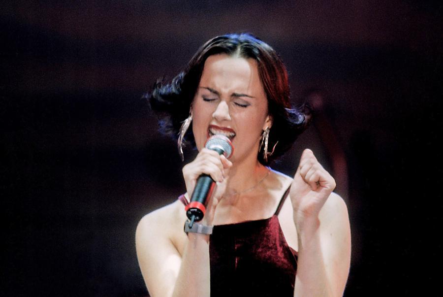 Natalia Niemen na festiwalu w Opolu w 1998 roku