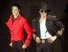 Michael Jackson i jego woskowa figura w Grevin Wax Museum w Paryżu (1997)