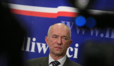 Minister Ćwiąkalski krytykuje utajnienie przesłuchania Krauzego