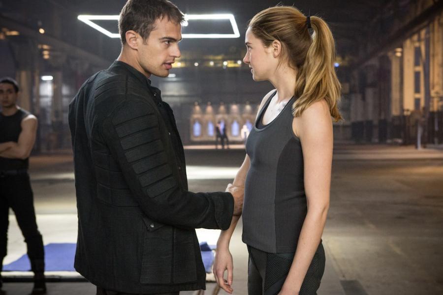 """""""Niezgodna"""", ale obiecująca Shailene Woodley i filmowy Cztery –Theo James"""