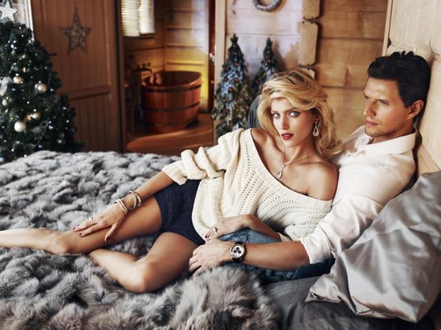 Anja Rubik i Sasha Knezevic w kampanii reklamowej Apart - Boże Narodzenie 2013