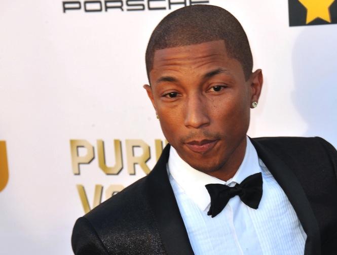 Pharrell Williams: Jakim cudem wyglądam tak młodo w wieku 40 lat? Myję twarz