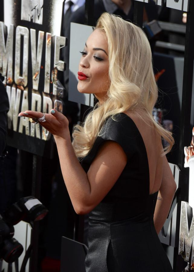 Rita Ora na gali MTV Movie Awards 2014