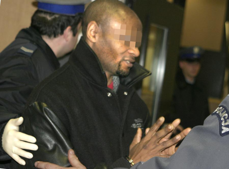 Czarnoskóry Simon Mol świadomie zarażał HIV