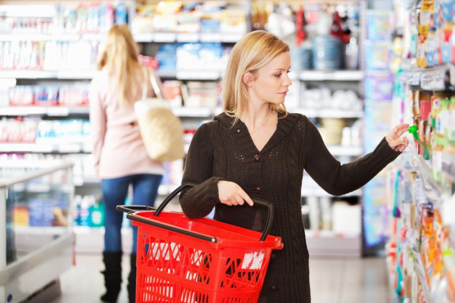 Kobieta na zakupach