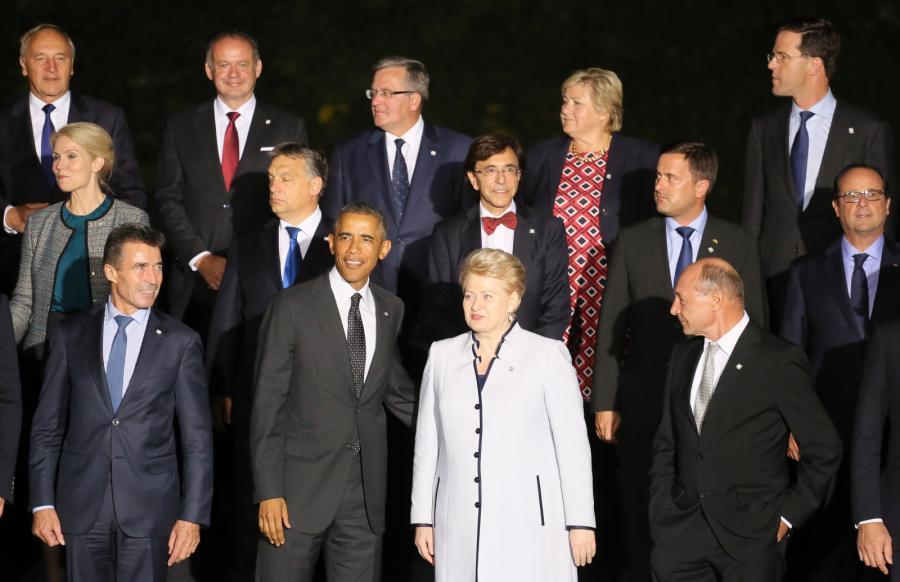 Uczestnicy szczytu NATO
