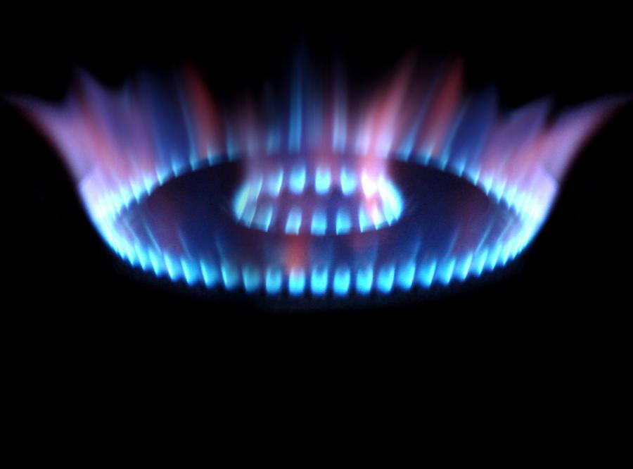 Od dziś płacimy więcej za prąd i gaz