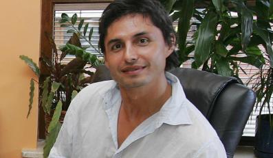 Praca w zoo lekarstwem na łysienie dla Iwana Komarenki