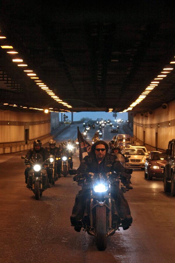Przejazd Nocnych Wilków przez Moskwę, na czele Aleksander Zaldostanow, 2008