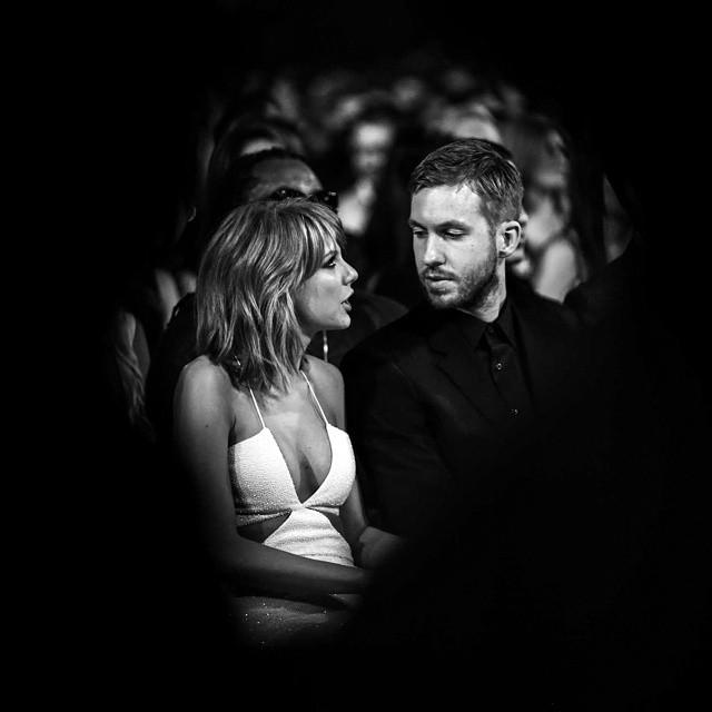 Taylor Swift w ramionach Calvina Harrisa. Najlepsze ZDJĘCIA z BMA 2015