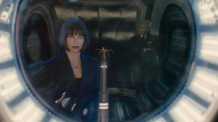 Evangeline Lilly i Michael Douglas w filmie \