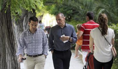 Premier Grecji Alexis Tsipras i minister finansów Janis Waroufakis