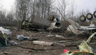 Śledztwo ws. katastrofy: Lot do Smoleńska zbada 16 biegłych