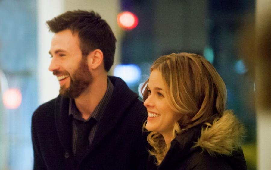 Chris Evans z Alice Eve nocą w Nowym Jorku