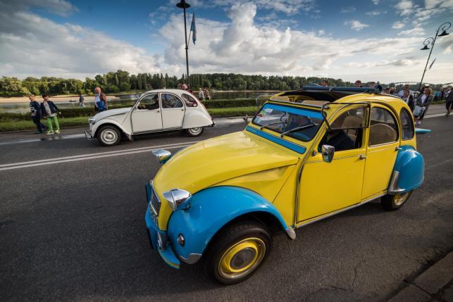 Citroeny 2CV na zlocie w Toruniu