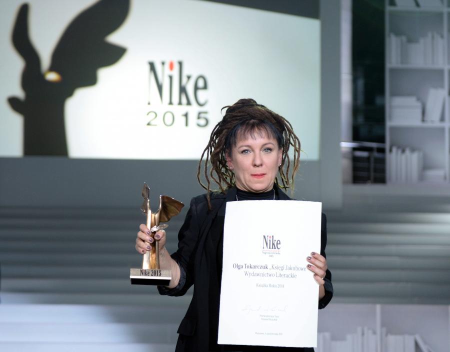 Olga Tokarczuk z nagrodą Nike 2015