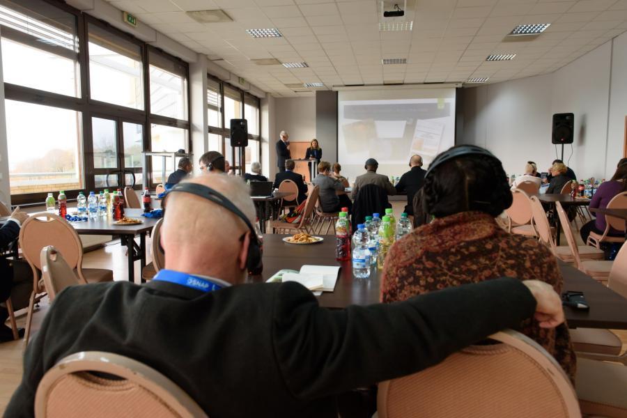 Uczestnicy pierwszej w Polsce, międzynarodowej konferencji ofiar molestowania przez księży \