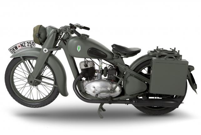 motocykl dkw nz 250 reanimowali maszyn zdobyt na. Black Bedroom Furniture Sets. Home Design Ideas