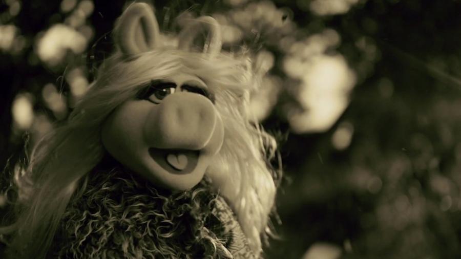 Miss Piggy jako Adele
