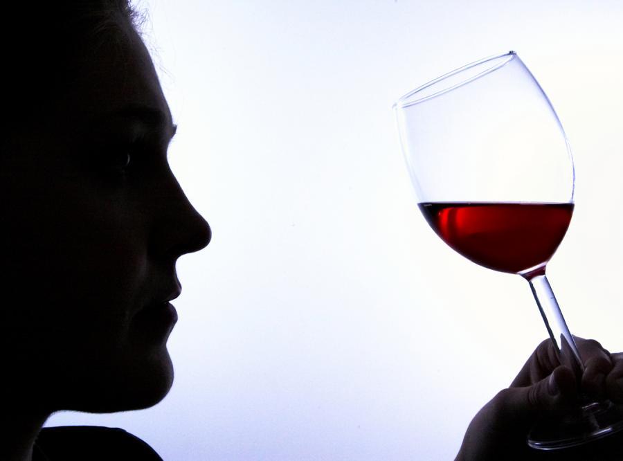 Ukradkowe pijaństwo ludzi w średnim wieku