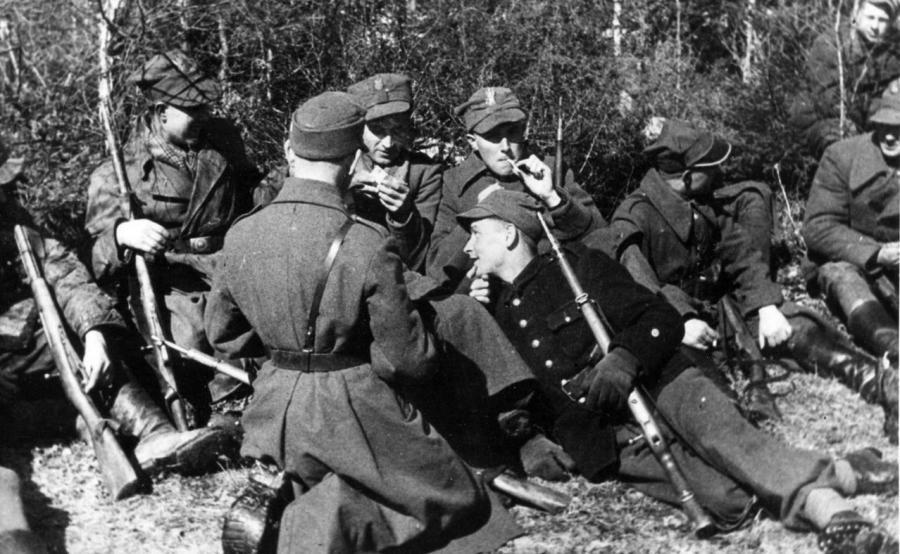 Żołnierze 27. Wołyńskiej Dywizji Piechoty AK (fot. autor nieznany, źródło: Michał Fijałka, \