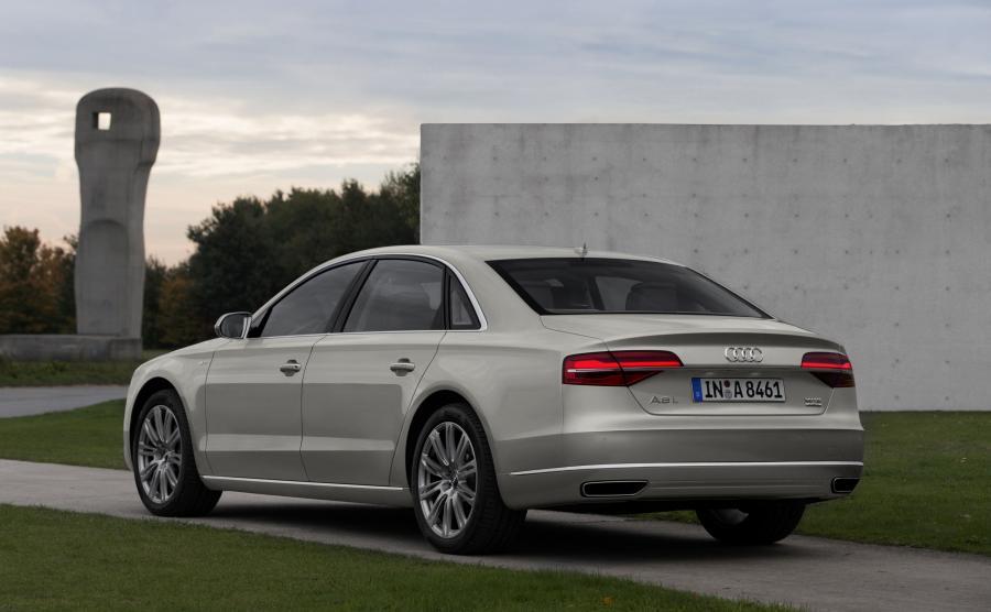 Audi A8 L - zdjęcie poglądowe