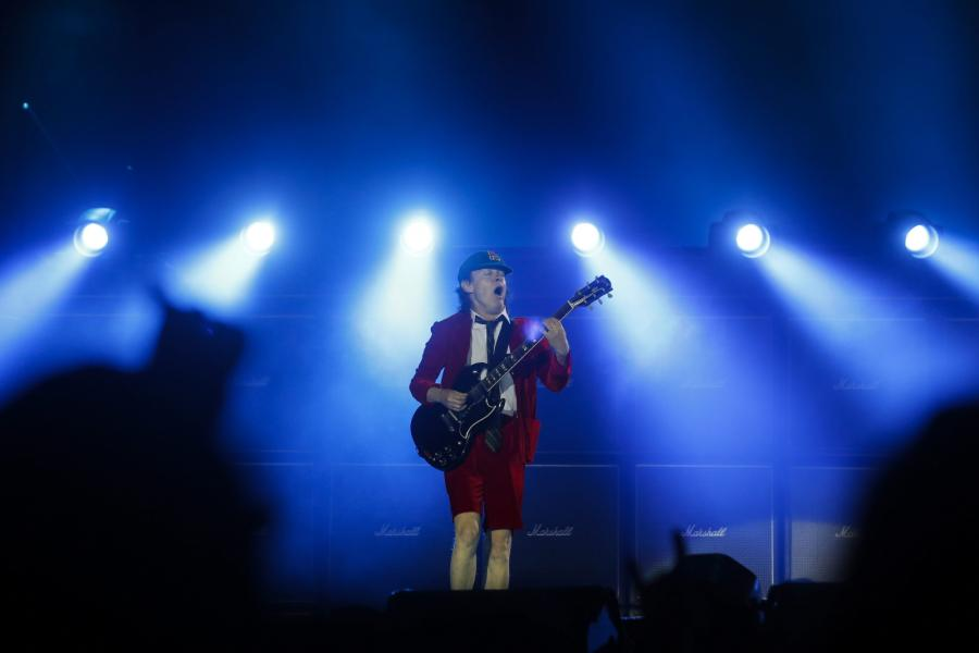 AC/DC podczas pierwszego koncertu w Europie