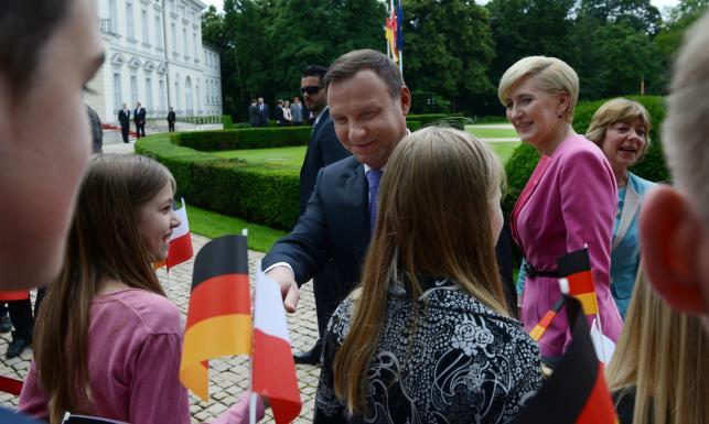 Andrzej Duda z wizytą w Berlinie. Prezydent obejrzy mecz w polskiej ambasadzie