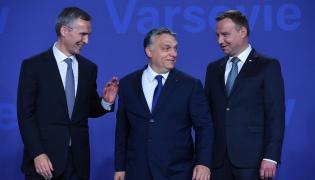 Jens Stoltenberg, Viktor Orban i Andrzej Duda