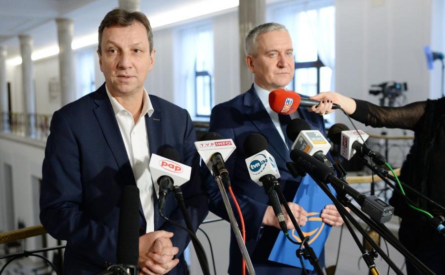 Posłowie Andrzej Halicki oraz Robert Tyszkiewicz