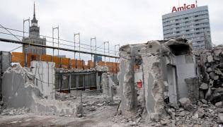 Rozbiorka budynku Universal w Warszawie