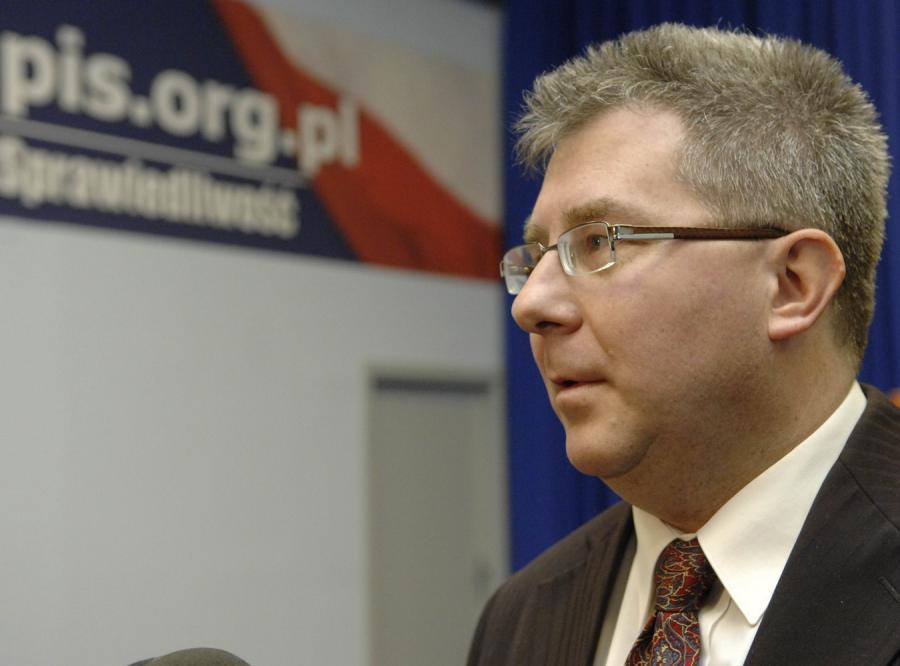 Czarnecki: Wałęsa popełnił samobójstwo